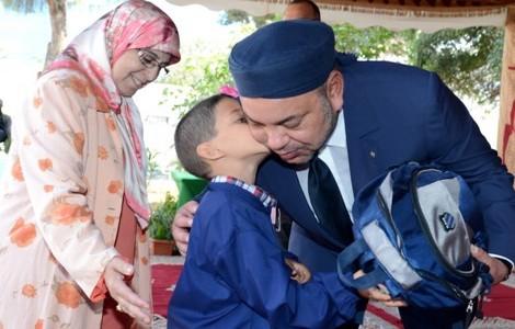 جلالة الملك يأمر بتوظيف 7000 معلم لسد الخصاص بالمدارس المغربية