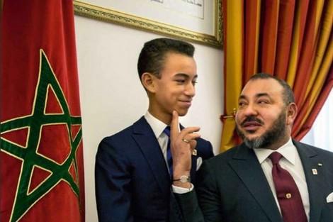 """صورة """"تقطر ودا"""" تجمع الملك محمد السادس والأمير الحسن"""