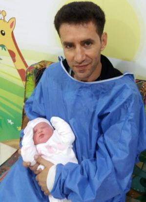 تهنئة بمناسبة ازديان فراش الاعلامي محمد الداغور بمولودة جديد