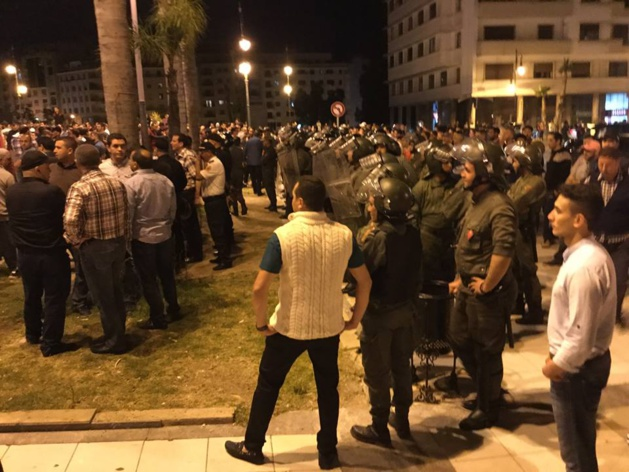 شاهد بالصور:إصابات واعتقالات في مسيرة طنجة التضامنية مع الريف