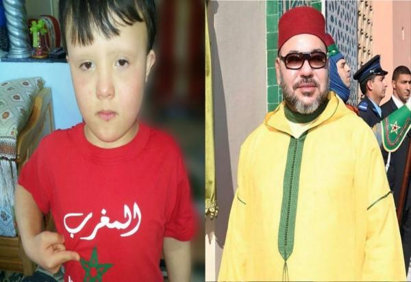 """انفراد : هذه قصة الطفل """" محمد آدم """" الذي خطف حب و عطف الملك خلال زيارته أمس للصخيرات   المزيد"""