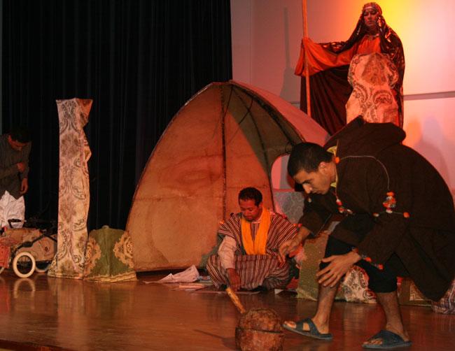 """أبوليوس تعرض """"ثَاسِيرْتْ"""" بمركب الناظور الثقافي"""