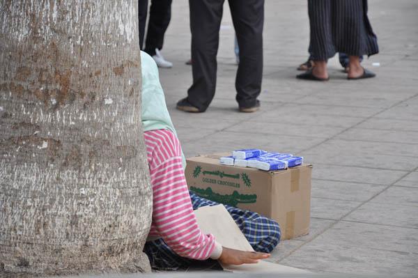 استفحال ظاهرة التسوّل بالأطفال بمدينة النّاظور