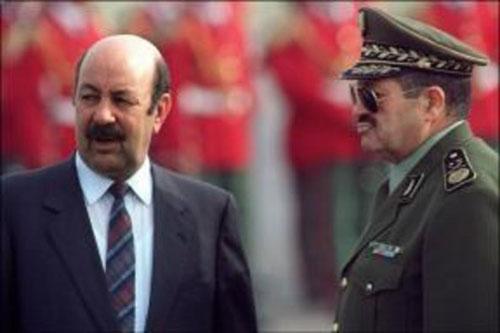 وفد مغربي يقدم التعازي في وفاة العربي بلخير