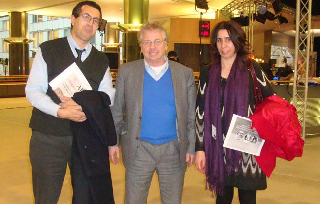 """أمازيغ يلجؤون للبرلمان الأوربي لوقف """"العنف"""" بالمغرب"""