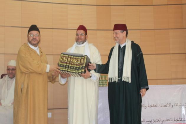 الدكتور مصطفى بنحمزة يدعو إلى الاهتمام بصناعة الفتوى في نشاط ثقافي وازن من تنظيم المجلس العلمي بالناظور