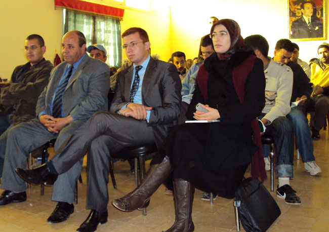 آبت سعيد تحتفي بيوم المقاومة ضمن أنشطة ثقافية وفنّية