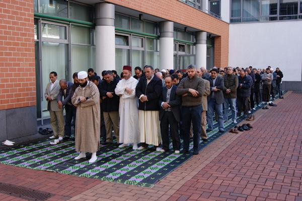 مسجد  التقوى بفرانكفورت يختتم  ملتقاه السنوي