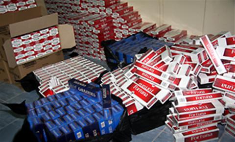 حجز أزيد من 3800 علبة سجائر مهربة بوجدة