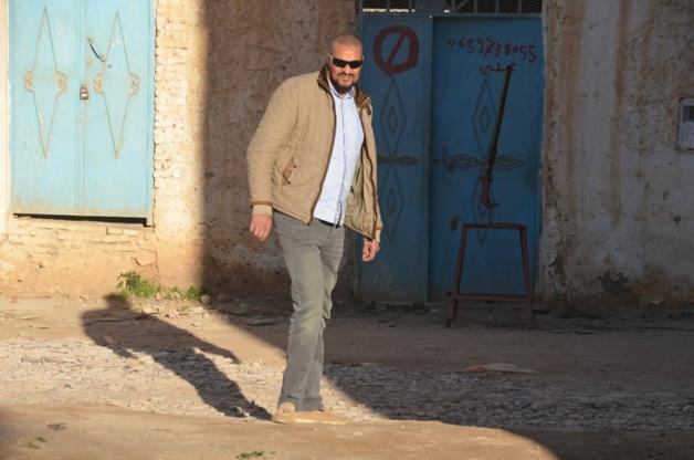 """مثير: بسبب إسطبل """"الحمير والبغال"""".. المعارضة ببلدية الدريوش تتهم البوكيلي بالوقوف وراء الوضع الكارثي لحي الفرح"""
