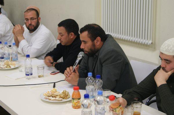 المجلس المركزي للمغاربة بألمانيا يجتمع بأئمة منطقة فرانكفورت