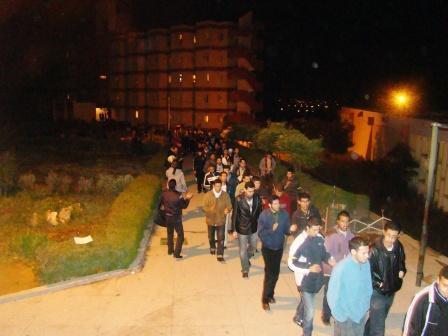 الطلبة القاطنين بوجدة ينتفضون ضد الأوضاع المزرية بالحي الجامعي