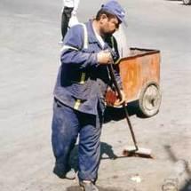 جمعيات مدينة الحسيمة تعلن عن تنظيم حفلا لتكريم عمال النظافة