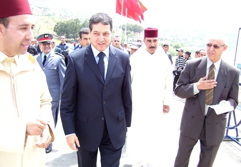 السيد محمد الحافي يشرف على فتح قنطرة النكوربالحسيمة