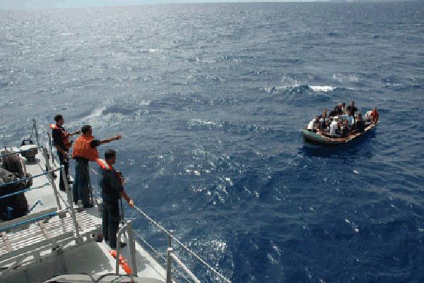 إيقاف 53مهاجرا سريا قرب سواحل إقليم الحسيمة