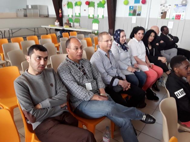 الفتاحي و البوكيلي و وفد من مجلس إقليم الدريوش يشاركون في افتتاح مهرجان ضمن فعاليات الاسبوع المغربي بفرنسا