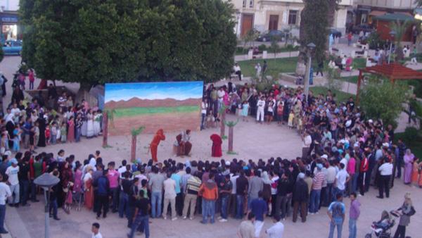 الحسيمة: المسرح الأمازيغي  الريفــي يعيد المسرح المغربي الى شكله الطبيعي