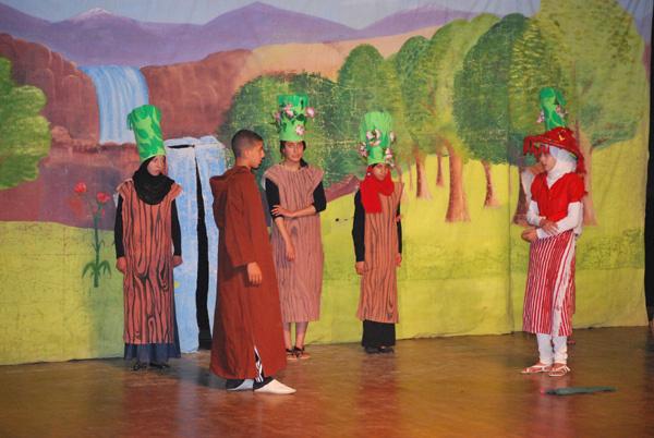 مكتب الأنشطة الاجتماعية التربوية و الثقافية بنيابة الحسيمة ينظم عروضا مسرحية خاصة للأطفال