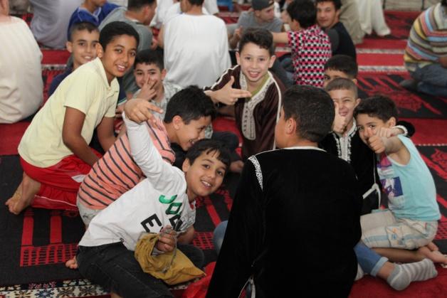 وسط أجواء لامستها روح الأخوة والتآخي بين المُصلين لجنة مسجد لعري ن الشيخ تحيي ليلة القدر المباركة