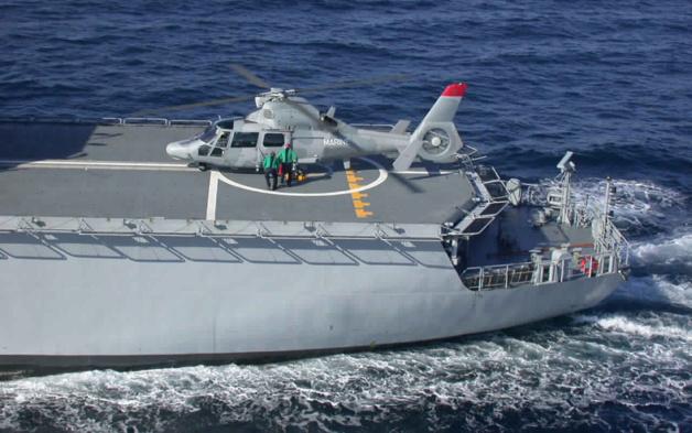 البحرية الملكية تتأهب لمواجهة بحرية