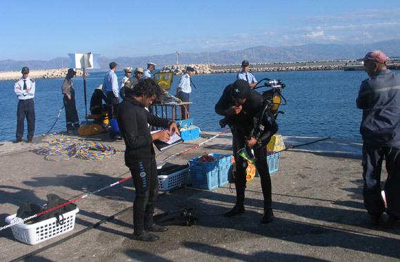 معهد التكنولوجيا والصيد البحري والمركز المتوسطي للغطس الاحترافي ينظمان عملية ميناء نظيف بالحسيمة