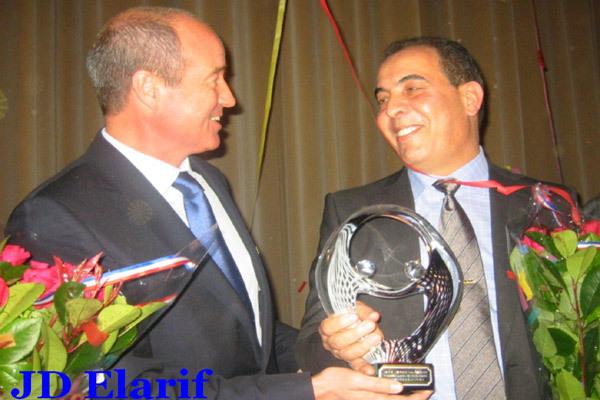 السيد علال أعراب يفوز بجائزة افضل مقاول مغربي هولندي لعام 2010