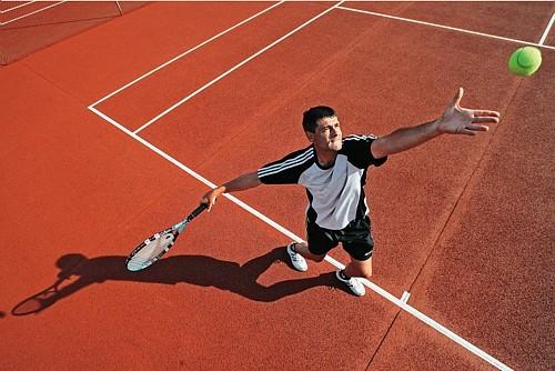 خمسة عشرة لاعبا بمدينة الناظور و فعاليات رياضة تستعد لتأسيس أول عصبة للتنس بالجهة