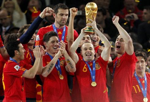 إسبانيا تحتفظ بصدارة التصنيف العالمي ومصر تعود لقائمة العشر الأوائل