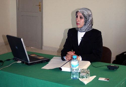 """مقاربة النوع في الوظيفة العمومية المغربية""""  بحث قيّم وفريد من نوعه لنيل شهادة الماستر بكلية الحقوق بوجدة"""