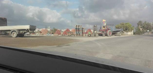 شركات لبيع مواد البناء تحتل الملك العمومي بسلوان وتخدش الرونق الجمالي للمدينة