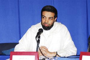 عاجل: اعتقال عبد الكريم العلمي، عضو مجلس الإرشاد، و100 عضو من الجماعة العدل والإحسان نواحي مدينة بركان