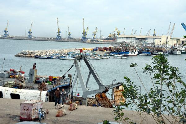 العاقل بنتهامي يزور و يتفقد ميناء بني أنصار