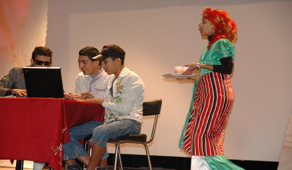 جمعية رؤى تختتم  فعاليات التظاهرة الثقافية الفنية،التربوية بإقليم الحسيمة