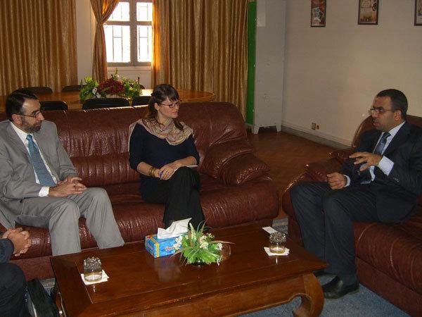 الإمام الأمريكي محمد بشار عرفات يحاضر بوجدة ويلتقي بفعاليات وازنة بها