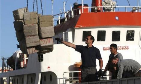 اعتراض قارب محمل بـ 11 طنا من الحشيش ابحر من سواحل الريف (فيديو)