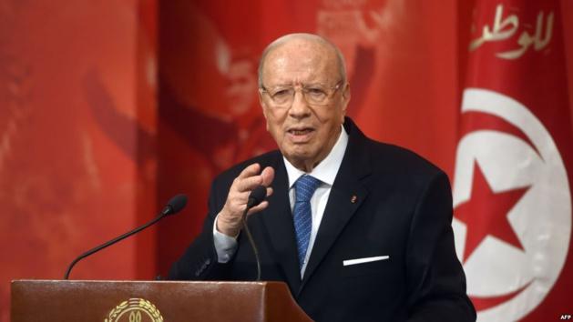 الرئيس التونسي يشيد بريادة وتبصر جلالة الملك محمد السادس