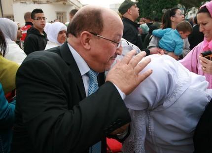 وزير الداخلية يخرج العامل دودوح من مليلية