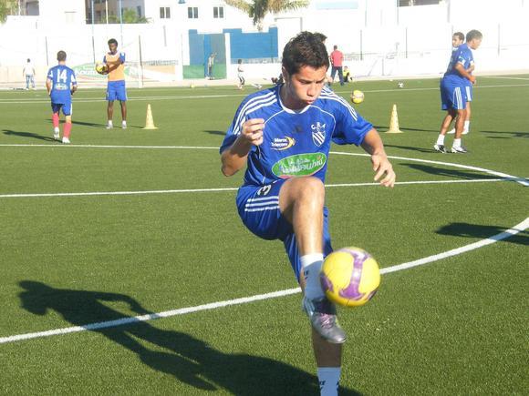 أحمد الشامي : أود اللعب للمنتخب المغربي كي أحقق امنية أبـي