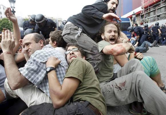 صور مرعبة من برشلونة