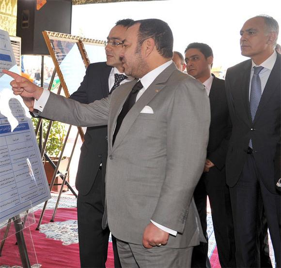 جلالة الملك يترأس مراسم التوقيع على اتفاقية لتمويل مشروع الطريق السريع وجدة / الناظور
