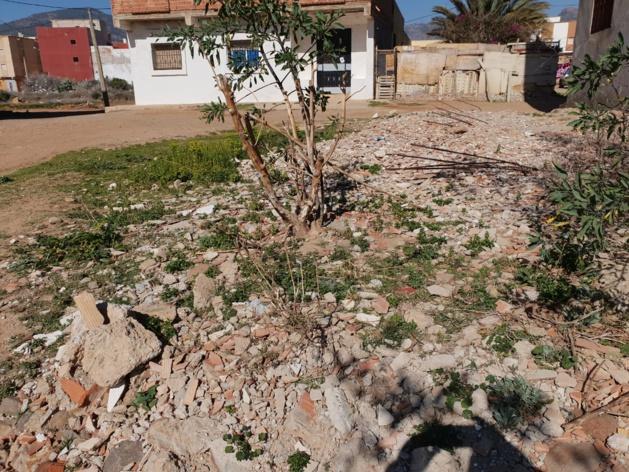 همزة: اعلان عن بيع قطعة ارضية بحي  بويزارزان