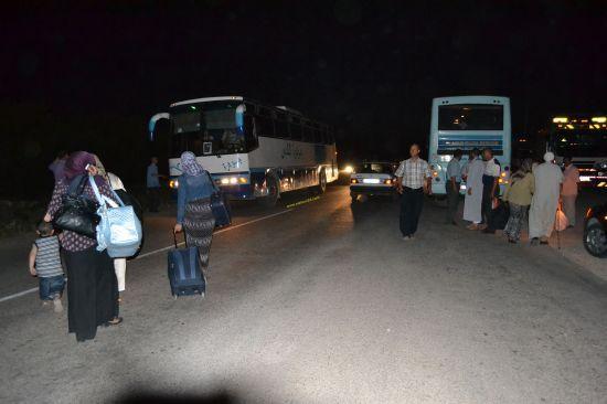 اصطدام قطار للركاب مع شاحنة للفحم على مستوى المقطع السككي الغير محروس بين مدينة العيون الشرقية و مدينة جرادة
