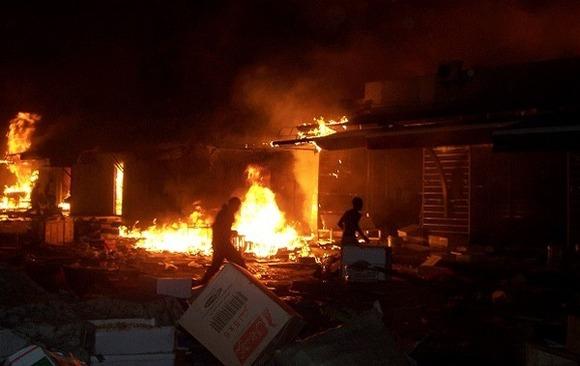 حريق مهول يشب بسوق مليلية بوجدة