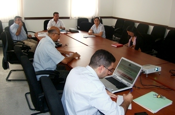 وفد صحي من الحكومة الأندلسية يقوم بزيارة عمل إلى مدينة الحسيمة