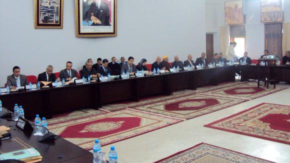 أعضاء المجلس الجهوي لجهة تازة الحسيمة تاونات كرسيف يصادقون على مشروع ميزانية2012 وبرمجة  الفائض التقديري