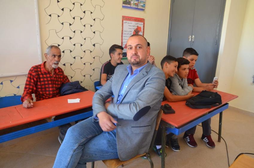 """ادارة مجموعة مدارس تالوين تكرم الاستاذ """"عبدالقادر السماري"""" في حفل بهيج بمناسبة تقاعده"""