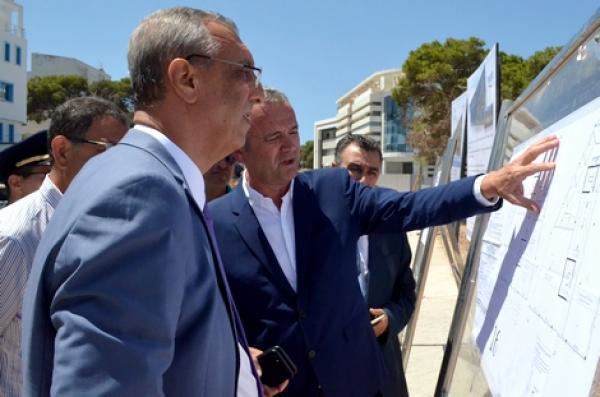 عامل إقليم الحسيمة يعطي الانطلاقة لإحداث مركز الأعمال بمليار و 500 مليون سنتيم