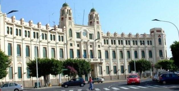 سبتة ومليلية عبء على إسبانيا بعد إغلاق المغرب المعابر الجمركية