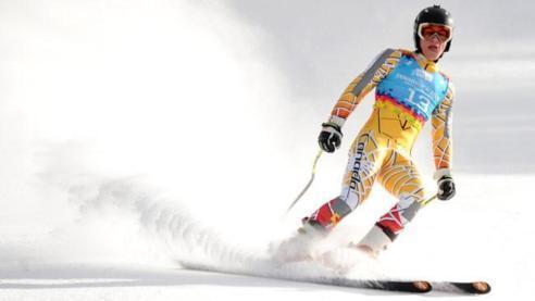 المغربي آدم لمحمدي يتألق من جديد في مسابقة المنعرجات الكبرى بكندا
