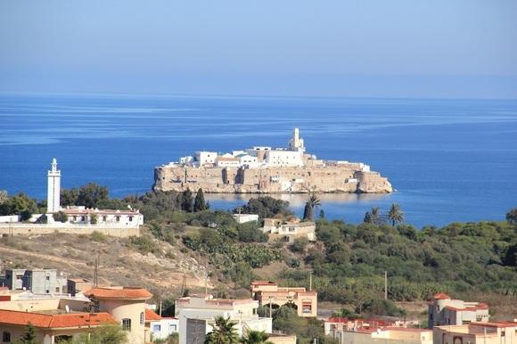صخرة الحسيمة نكور متى وكيف سقطت بيد اسبانيا سنة 1084 ــــ 1673